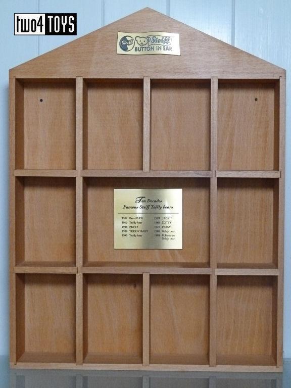 Steiff 029158 1 DECADE WOODEN DISPLAY CASE FOR TEDDIES 2002