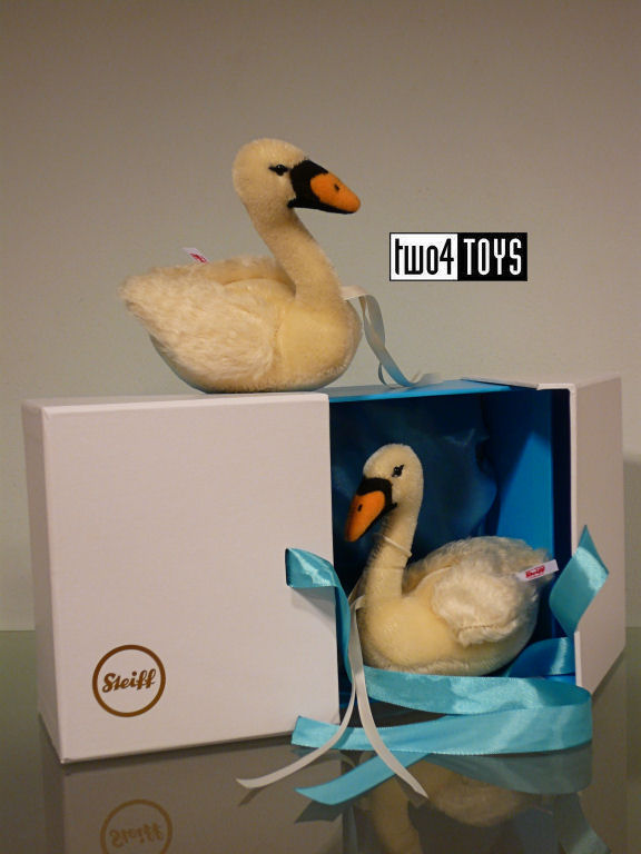 https://www.two4toys.com/images/details/021114a.jpg