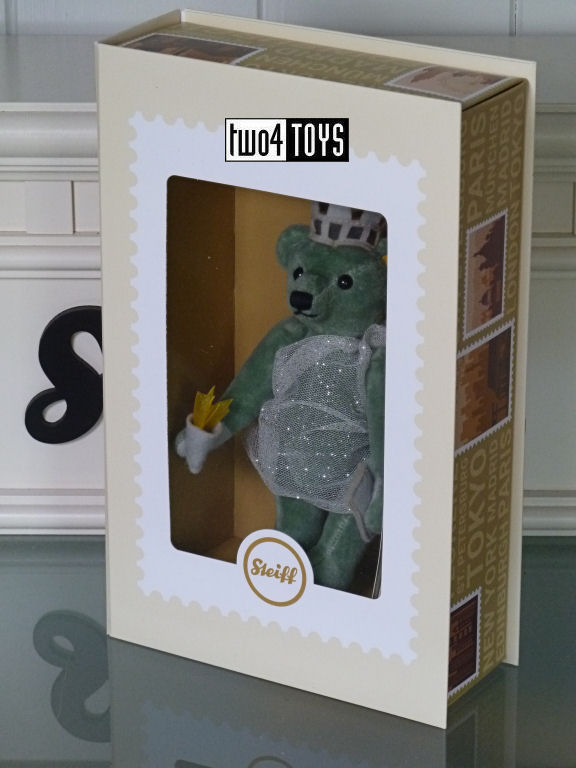 https://www.two4toys.com/images/details/026874b.jpg
