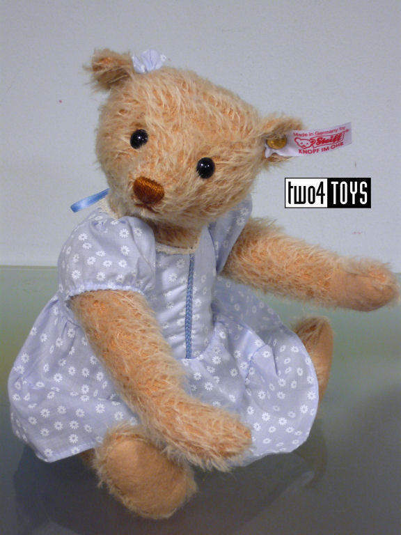 https://www.two4toys.com/images/details/035135a.jpg