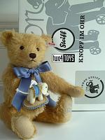 2020 Steiff 006166 TEDDY BEAR WITH LITTLE FELT ELEPHANT 140 YRS
