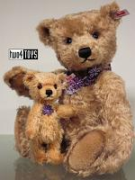 Steiff 021411 FLORA AND FLORINCHEN TEDDY BEAR SET