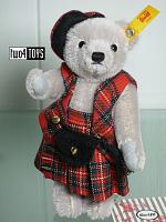 2019 Steiff 026911 EDINBURGH TEDDY GREAT ESCAPES IN GIFT BOX