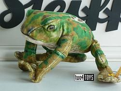 2020 Steiff 056536 NATIONAL GEOGRAPHIC FROGGY KIKKER