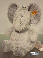 2017 Fall Steiff 240539 SOFT CUDDLY FRIENDS ELLIE ELEPHANT