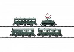 2018 Marklin 26195 PASSENGER TRAIN WITH E 69 & COMPARTMENT CARS