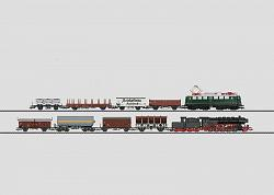 Marklin 29040 DB DIGITAL STARTER SET WITH 2 FREIGHT TRAINS