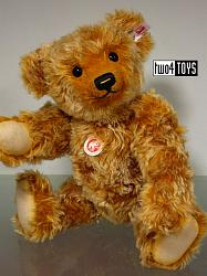 Steiff 021060 GOLDI TEDDY BEAR