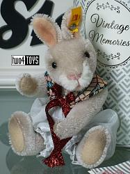 Steiff 026843 VINTAGE MEMORIES RICK THE RABBIT 2018