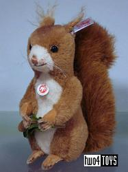 Steiff 038761 KECKI ALPACA SQUIRREL w. MUSIC BOX