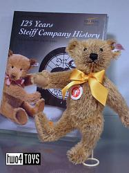 Steiff 038860 CLASSIC TEDDY WITH BOOK 125 YEARS STEIFF 2005