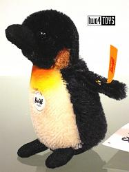 Steiff 040740 LARI THE MINIATURE PENGUIN