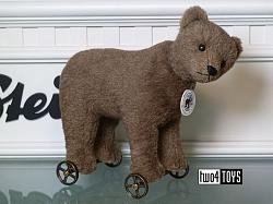 2018 Fall Steiff 403354 BEAR ON WHEELS REPLICA 1904