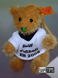 Steiff 656057 MINI TEDDY SOCCER FOOTBALL MOHAIR KEY RING 2008