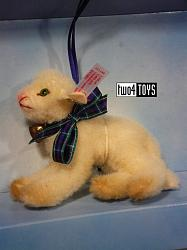 Steiff 667121 CHRISTMAS LAMB ORNAMENT USA 2003