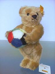Steiff 676338 TEDDY BEAR 1909 WITH BALL US Ltd.Ed.